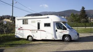 Accueil Camping Car Gratuit dans Parking Sécurisé chez Espace Terroirs à Grasse dans le cadre de notre partenariat avec le site France Passion.