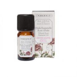 huile essentielle rose diluée